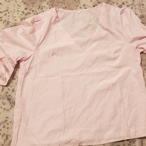 Pink bell sleeve blouse xxl China fits like xl US
